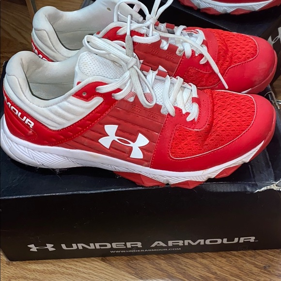 Under Armour Shoes   Under Armor Red
